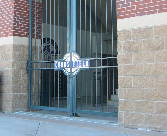 Gate 4-6-08.jpg