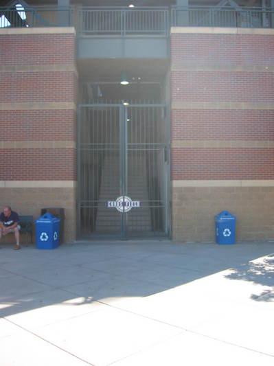 gates 6-6-08.jpg