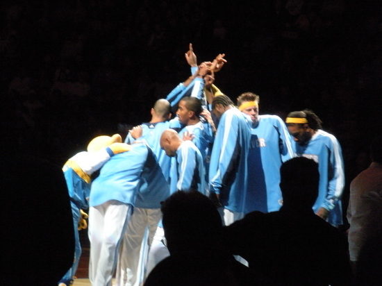 Nuggets Huddle 11-27-08.jpg