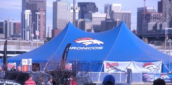 Broncos Tent 12-7-08.jpg
