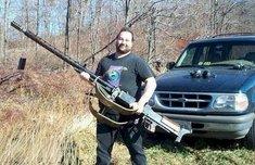 redneck w a gun.jpg