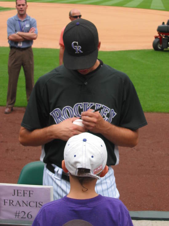 Jeff signing for Hunter 7-6.JPG