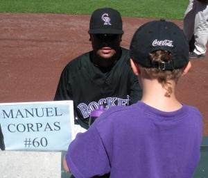 MC signing Hunters baseball1