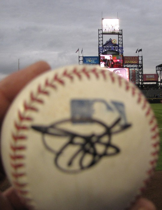 Helton autographed on my team ball 4-27-09.jpg