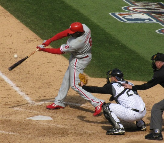 Howard at bat 4-10-09.jpg