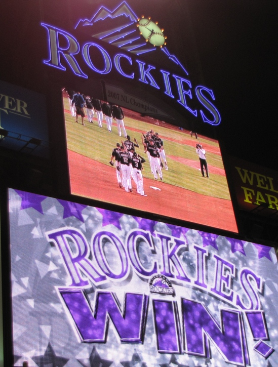 Rockies win 4-27-10.JPG
