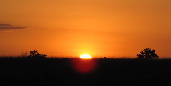 sun setting over Kansas.jpg