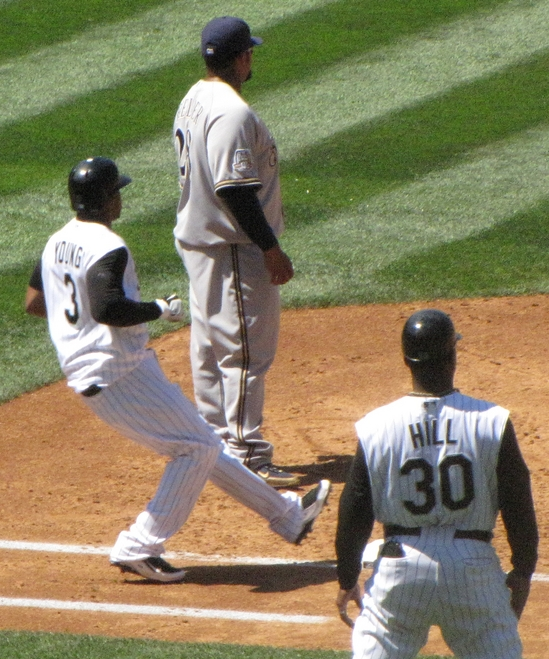 Eric Young Jr on first 8-15-10.jpg