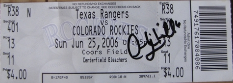 Thumbnail image for omar Q auto 2006.jpg