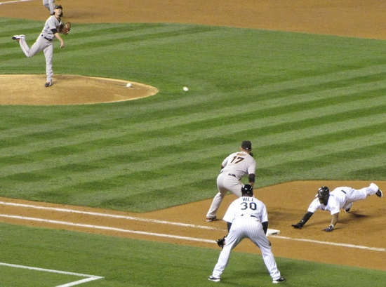 Eric Young on first 9-24-10.jpg