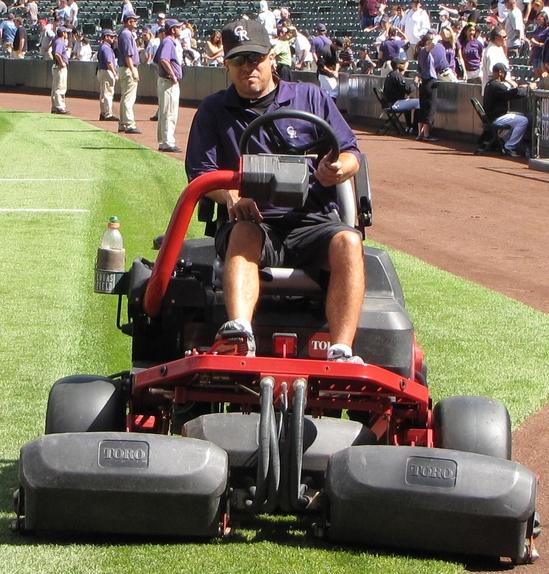 Tractor Vacuum dude 9-12-10.jpg