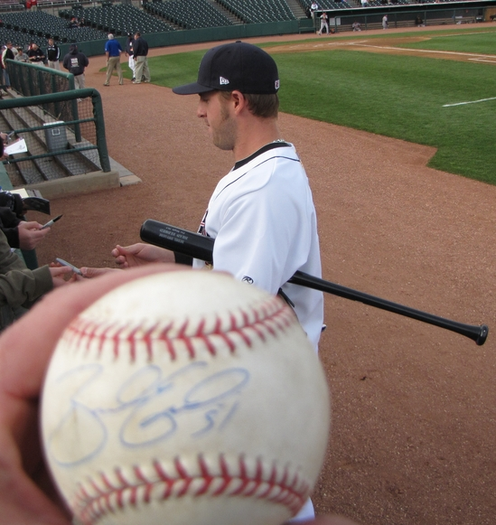 Thumbnail image for Brad Eldred autograph 5-5-10.jpg