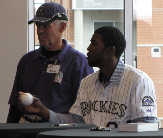 Dexter Fowler Baseball.jpg