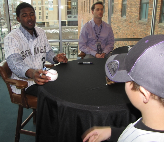 Dexter Fowler signing for Hunter.jpg