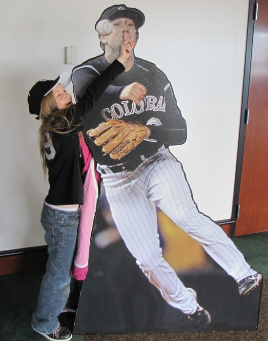 Mylee and Tulo finger in nose RF.jpg