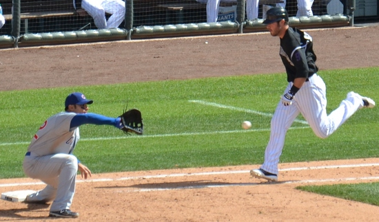 Stewart out at first 4-17-11.jpg
