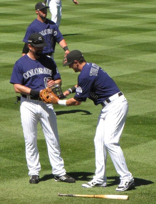 Tulo rubbing Heltons glove OD 2011.jpg