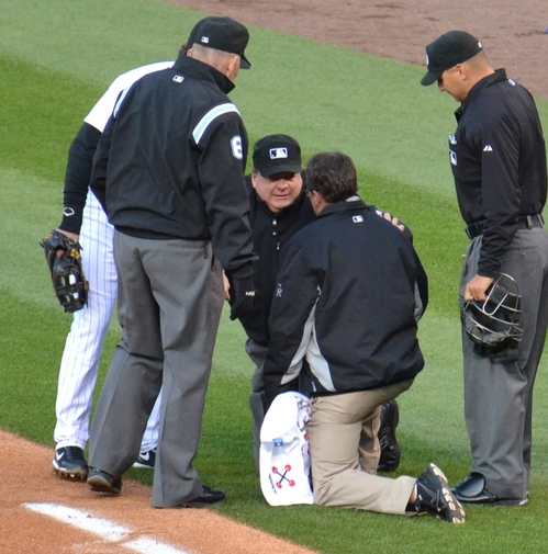 Umpire down 4-15-11.jpg