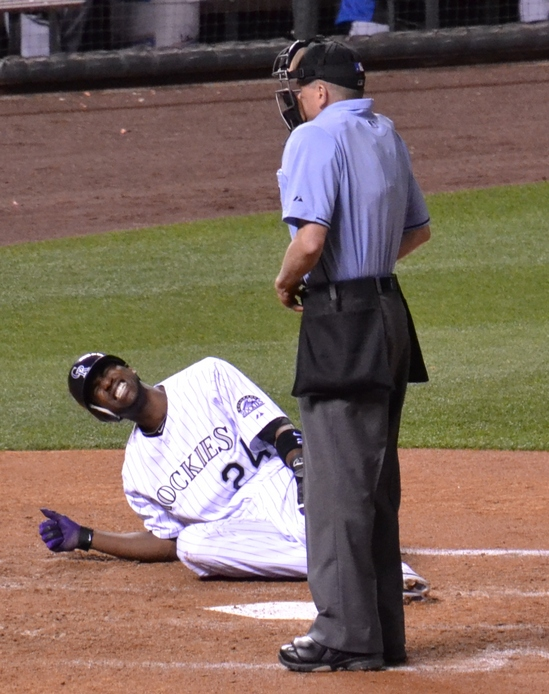 Dexter Fowler injury-7 5-10-11.jpg