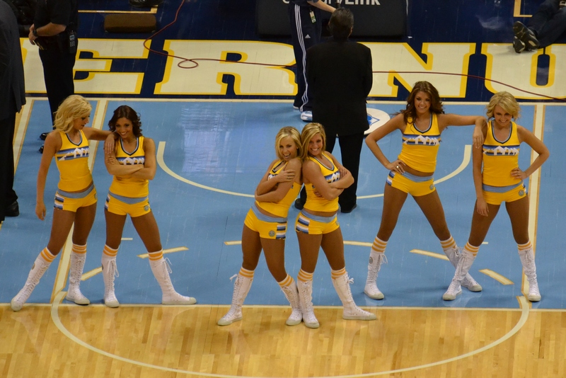 Nuggets cheerleaders 11-25-12
