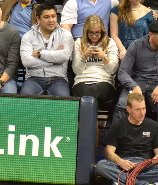Texting fan of the game 11-25-12