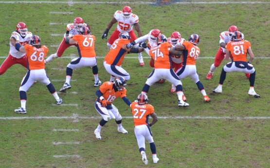 17 Manning hand off to Moreno 12-30-12