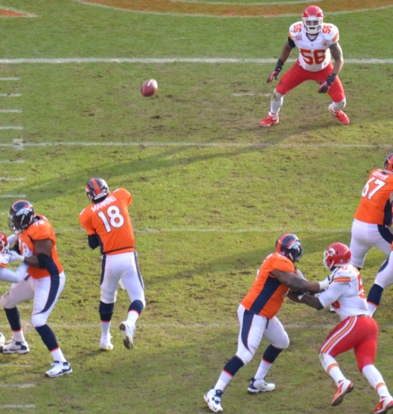 18 Manning throws 12-30-12