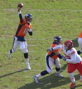 1Manning throws 12-30-12