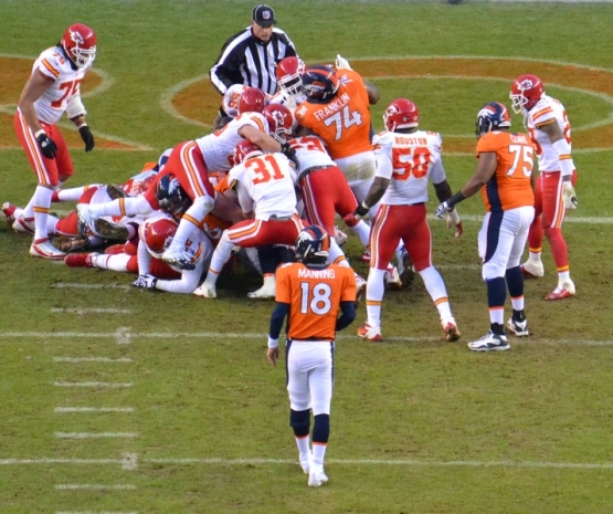 28 Manning standing 12-30-12