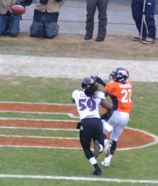 40 Moreno catch TD